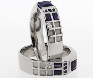 tardis ring by gino arizmendi