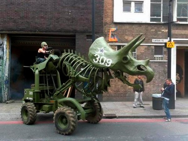 triceratops tractor