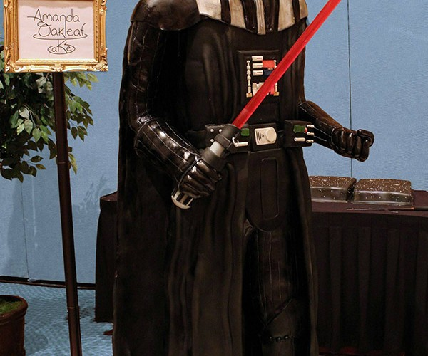 Life-sized Darth Vader Cake: Use the Forks, Luke!