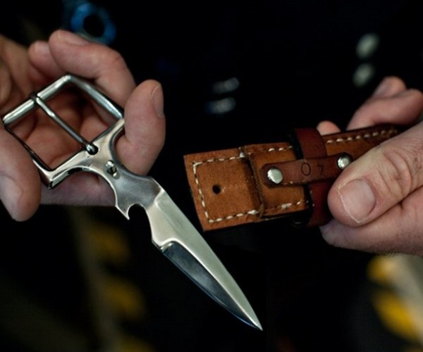 Belt Buckle Knife Will Have You Dropping Your Pants for Protection