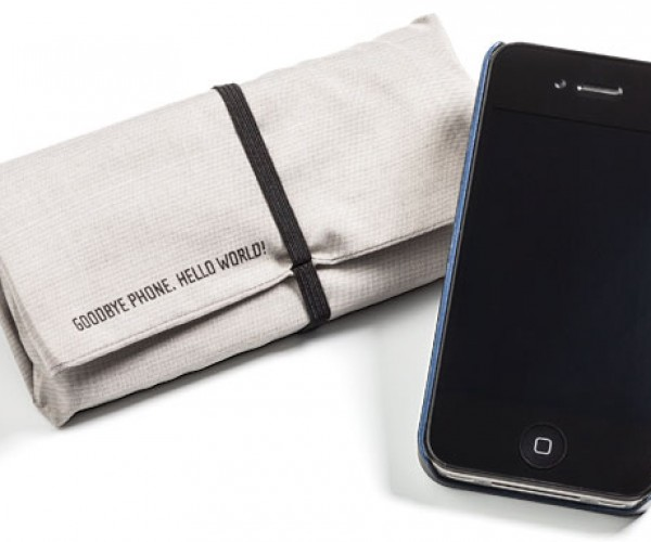 Blokket Signal Jammer Pouch for Your Phone: Do Not Disturb V3.0