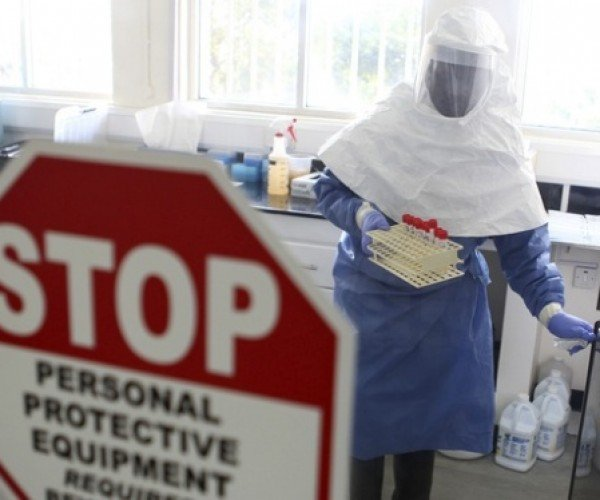Karma's Got Ebola: Man Steals Phone from Quarantined Patient – And Gets Infected