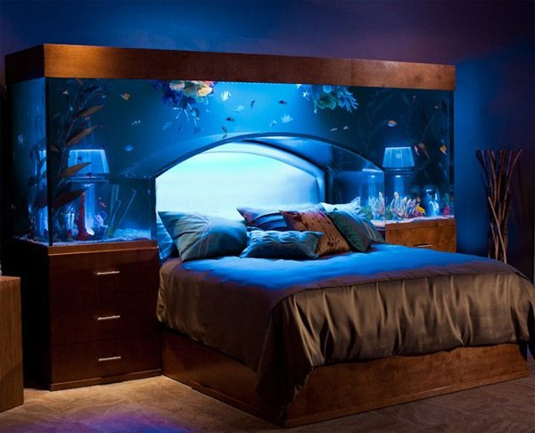 Aquarium bed lets you sleep with the fishes every night for Aquarium meuble design