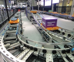 Baggage Conveyor System Zips Bags Along at 22MPH