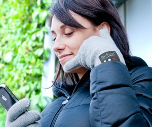 Hi-Call Bluetooth Glove: Talk to the Hand