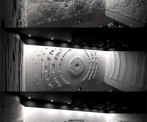 Hyper-Matrix Cube Wall Turns Styrofoam Cubes into Moving Pictures