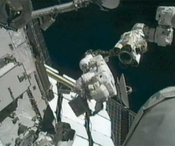 ISS Astronauts Finally Fix Stripped Bolts and Finish Power System Repairs