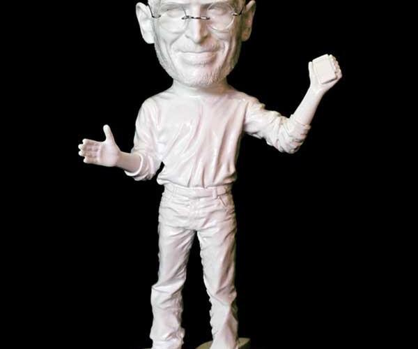Artist Creates Sculpture Made Using Steve Jobs' Recycled Trash
