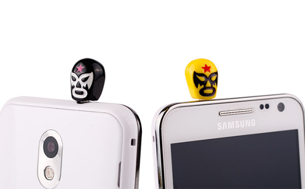 luchador_headphone_plugs_1