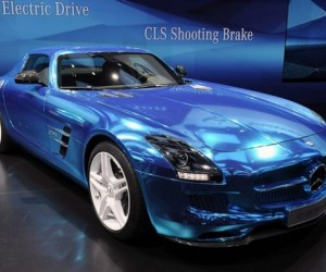 Mercedes-Benz Shows off All Electric Version of the SLS AMG Coupe