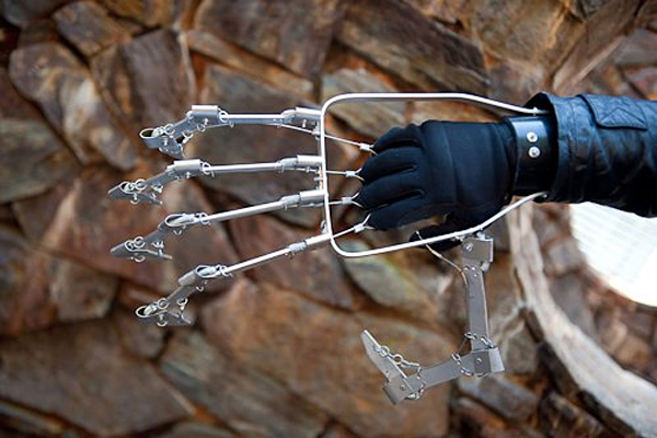 mechanical hand by ivan owen