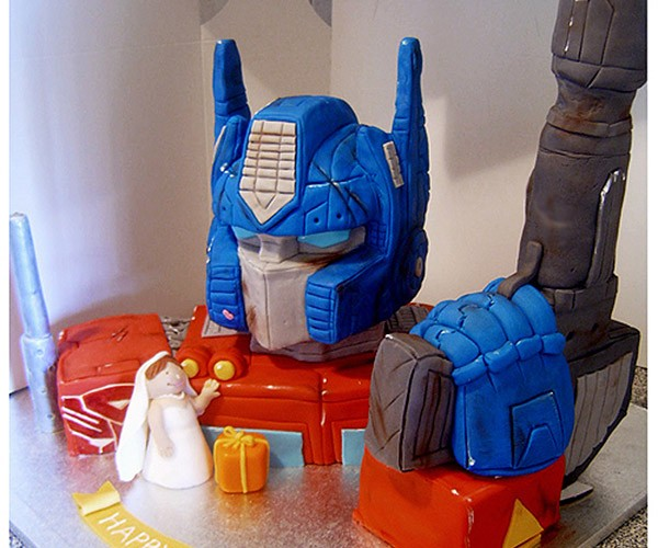 Optimus Prime Cake Transforms Wedding and B-Day into One Special Occasion