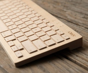Orée Board Wooden Bluetooth Keyboard Looks Good, Naturally