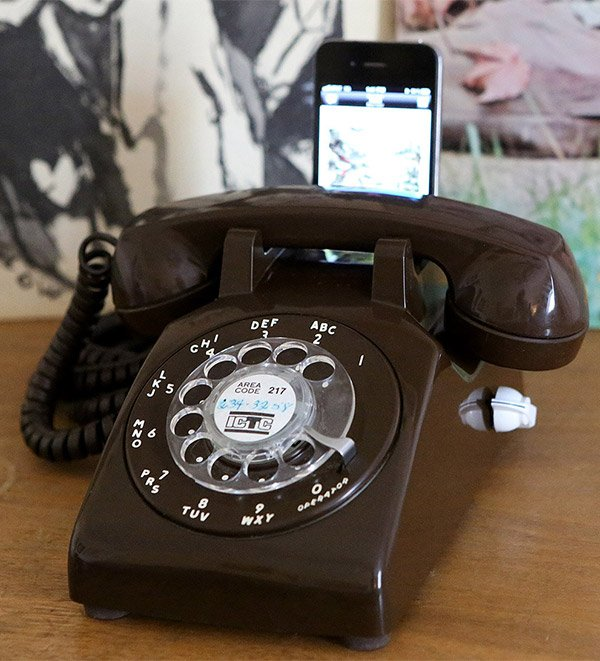 rotary dial iphone dock 1