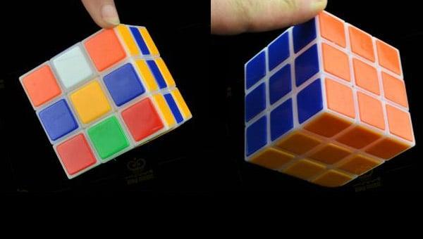 self-solving_rubiks_cube