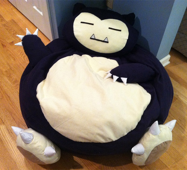 you 39 ll be snoring on this pok mon snorlax bean bag technabob. Black Bedroom Furniture Sets. Home Design Ideas