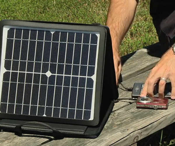 "SunVolt Portable Solar Power Station Charges Gadgets at ""Outlet-like"" Speeds"
