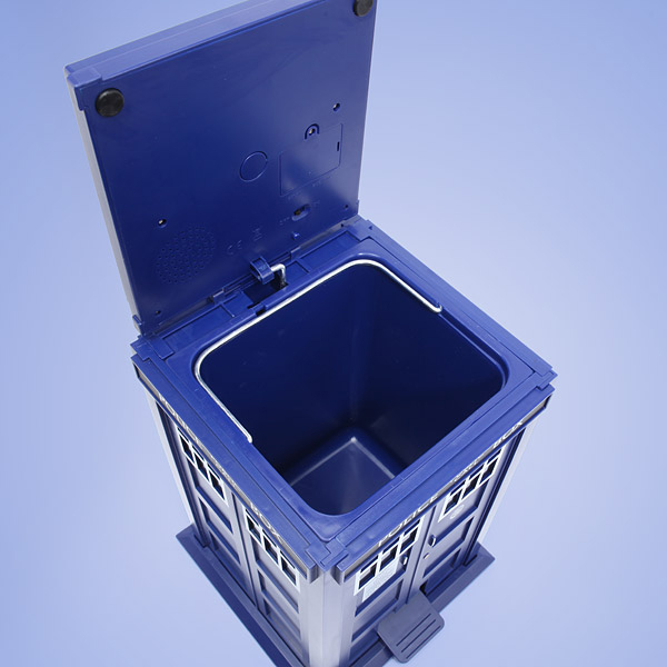 tardis doctor who trash can 3