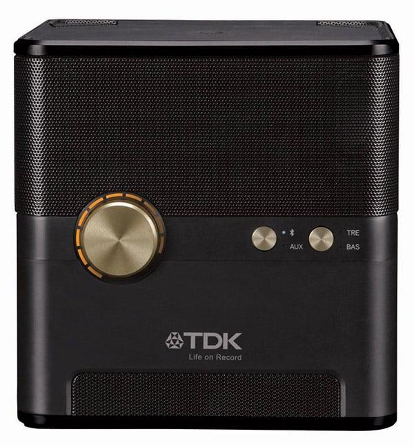 tdk_wireless_charging_speaker_2