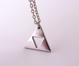 zelda triforce gold plated necklace 7 300x250