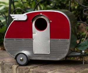 Vintage Campers Make Happy Campers out of Every Bird