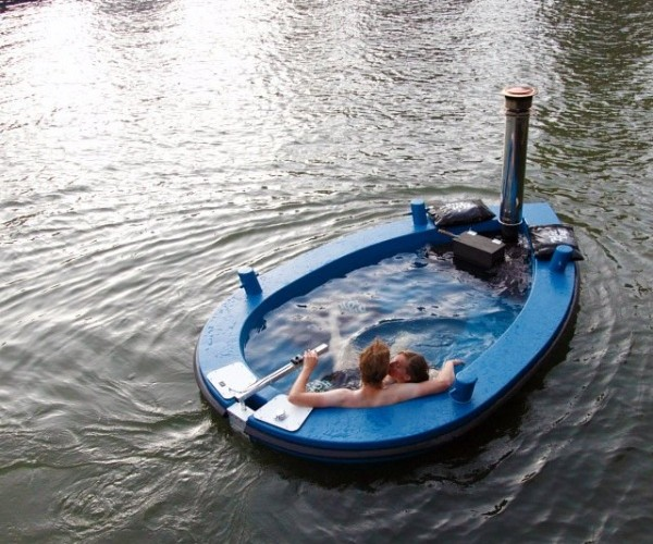 HotTug Hot Tub Boat: Take a Dip While You Sail in a Hot Tub