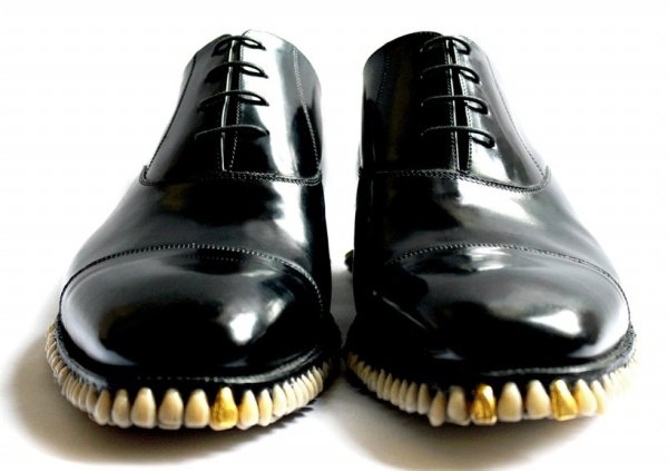Tooth Shoes1