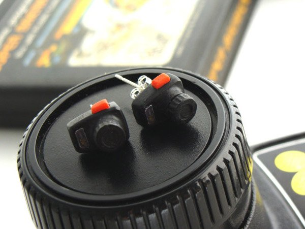 atari_paddle_controller_earrings_2