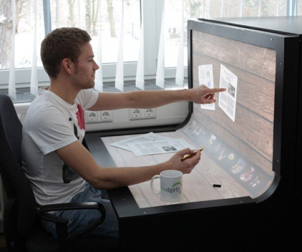 BendDesk: Combines Workstation with Multitouch Computer