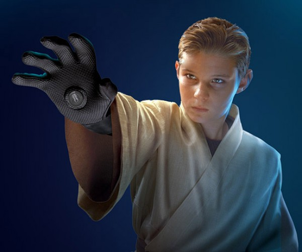Darth Vader Force Gloves: Behold the Power of the Dark Side (of Magnets)