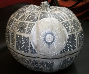 That's No Moon, It's a Death Star Pumpkin