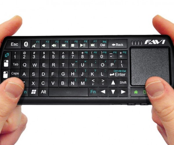 FAVI Mini Bluetooth Keyboard Has a Trackpad and Works with Just about Anything