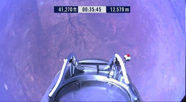 felix_baumgartner_launch