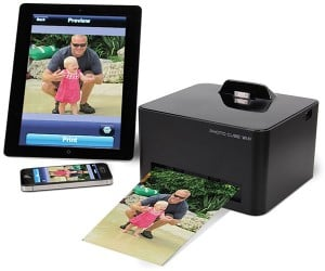 Hammacher Schlemmer Smartphone Photo Printer Uses No Wires and No Ink
