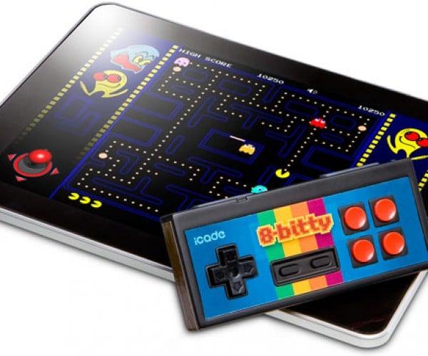 ThinkGeek 8-bitty Mobile Gaming Controller Finally Ships
