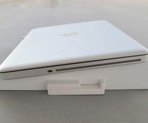 Flat-pack Laptop Stand Offers Form & Function