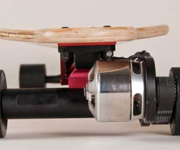 Lagrange L1 Turns Any Skateboard into an Electric Vehicle… for a Price