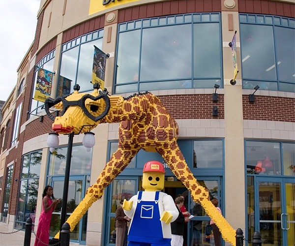 Adult Fans of LEGO Get to Play: No Kids Allowed!