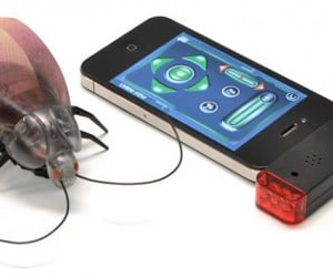 R/C Cockroach Controlled by iOS: Yep, There's an App for That