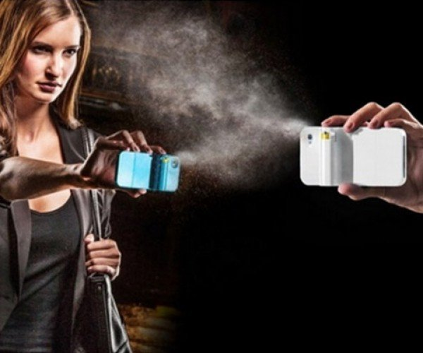 Spraytect Incorporates a Pepper Spray in Your Phone Case