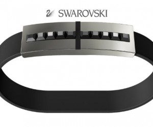 Men's Crystal Encrusted Bracelet Hides a Flash Drive