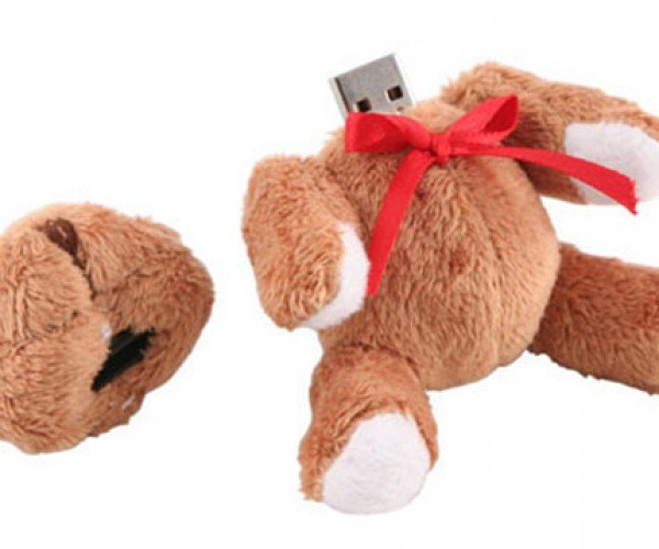 Decapitated Teddy Bear USB Drive Loses His Head for Your Data