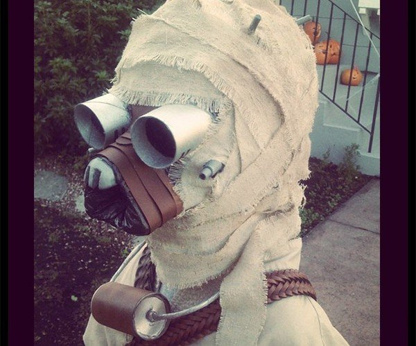 Kid Gets Awesome Tusken Raider Costume Thanks to Equally Awesome Dad