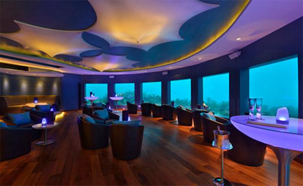 underwater_bar_2