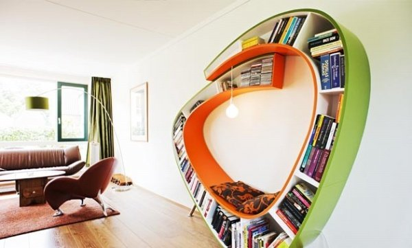 Bookworm Wraparound