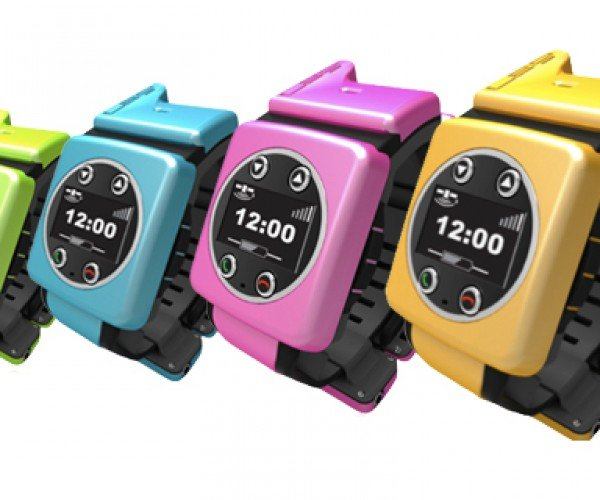 Leo GPS Wristwatch Watches Over Its Wearer