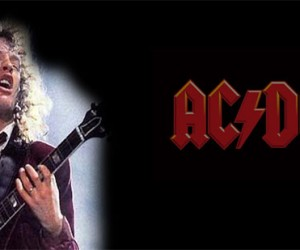 Highway to Hell Leads AC/DC to iTunes
