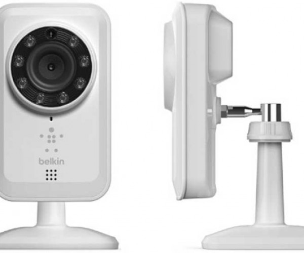 Belkin NetCam: Big Brother Is Watching You… At Night… In the Dark…
