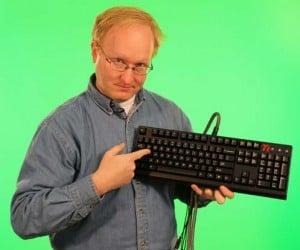Ben Heck Analog WASD Keyboard Mod: Because You Can't Type With a Joystick