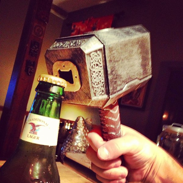 Mju00f6lnir Bottle Opener Smites Thirst - Technabob